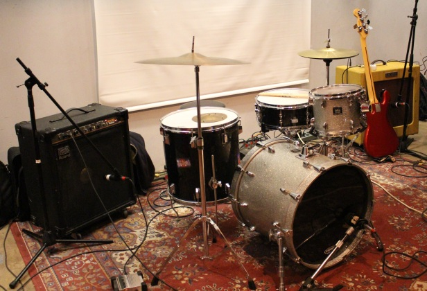drums and bass.JPG